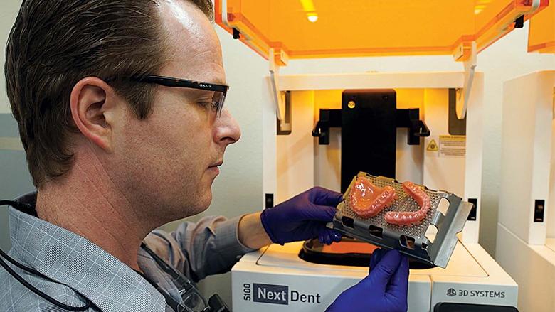Prosthodontist achieves same-day  dentures with NextDent 5100